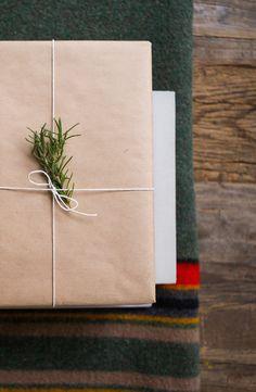 gift it good // Artifact Uprising