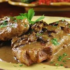 Veal cutlets are pounded thin, breaded and cooked in a skillet with butter, mushrooms and Marsala wine -- simple and elegant. Veal Marsala, Marsala Sauce, Marsala Recipe, Marsala Wine, Chicken Marsala, Veal Recipes, Cutlets Recipes, Meatloaf Recipes, Cooking Recipes