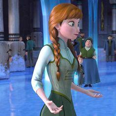 <b>Puffy-sleeved ball gowns FTW. Disney Pixar, Anna Disney, Disney And Dreamworks, Disney Animation, Disney Love, Disney Xd, Disney Cartoons, Disney Stuff, Disney Princess Outfits