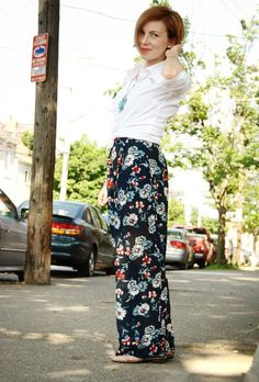 Yes I know most will laugh at me, but I still totally want floral pants!!