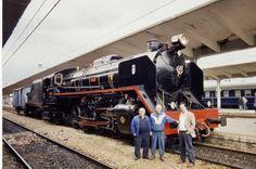 """También es una maquina de tren """" que ayudó a crecer a Monforte social y económicamente, al calor del fuego de las calderas y el humo de las viejas locomotoras de vapor, que como las Mikado, Santa Fe o Mastodonte"""", --según se cuenta en el Museo del Ferrocarril."""