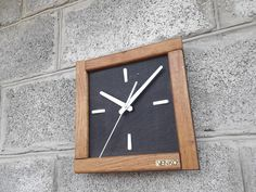 Wall Clock Wooden, Wood Design, Etsy Seller, Handmade Items, Watch, Shopping, Wooden Pallet Furniture, Board Games, Clock