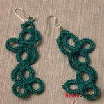 Orecchini realizzati con la tecnica del chiacchierino ad ago con filato di colore verde.                                              #orecchini #chiacchierino  #handmade