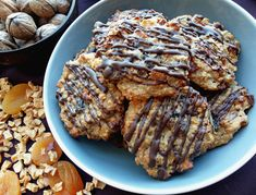 Fit ovsené marokánky, zdravý recept, chutný recept, ako schudnúť ? Healthy Recipes, Healthy Food, Deserts, Pork, Food And Drink, Cookies, Chocolate, Blog, Diet