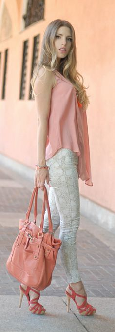 Summer Wind -   Art Fashion