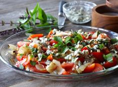 Looking for a flavourful and easy to prepare salad that works as a starter or as a main? Try our CUCUMBER, AVOCADO & FETA SALAD - something fabulous awaits! Feta Salad, Cucumber Salad, Moist Lemon Pound Cake, Tomato And Onion Salad, Lorraine Recipes, Greek Salad Recipes, Quiche Lorraine, Pound Cake Recipes