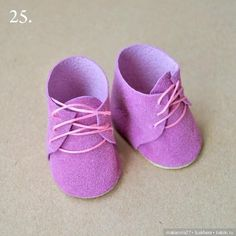 Shoes for dolls free mold – Felt and molds for crafts - Kinderspiele Luna Shoes, Lavender Shoes, Baby Doll Shoes, Doll Shoe Patterns, Baby Boots, Sewing Toys, Soft Dolls, Diy Doll, Doll Accessories