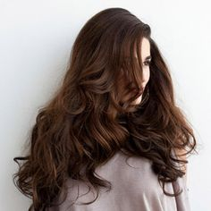 How to get thick, bouncy hair. I miss my long hair seeing this!