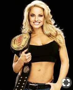★ WWE Diva - Trish Stratus ★ Women's Champion ★ Diva of the Decade ★ Babe of the Year ★ Wrestling Stars, Wrestling Divas, Women's Wrestling, Trish Stratus, Wwe Female Wrestlers, Female Athletes, Wwe Trish, Hottest Wwe Divas, Lucha Libre