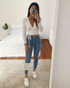 college outfits Lovely uploaded by Pleasing TT Eye on We Heart It Uni Outfits, Cute Casual Outfits, Teenager Outfits, Winter Fashion Outfits, Girly Outfits, Cute Summer Outfits, Simple Outfits, Look Fashion, Pretty Outfits