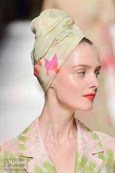 Missoni Spring 2015 - Neutral Floral Hair Turban