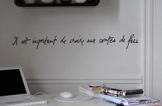 Mel et Kio studio le Prédeau, Poetic Wall, Stickers poème Billets Doux © Carole Carecchio -Contes de fées 80X10cm