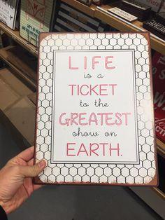 La vida es un boleto para el más grande espectáculo en la Tierra 🙂✌🏼️🌍 11/11/16