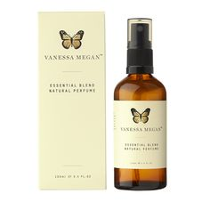Essential Blend - Natural Perfume This natural perfume contains essential oils of ylang ylang, patchouli, lavender and geranium. The scent of the natural perfume gets even better with age. Patchouli Essential Oil, Essential Oils, Hydrating Face Cream, Organic Facial, Organic Oils, Organic Makeup, Natural Makeup, Natural Beauty, Eco Beauty