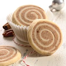 Cinnamon Bun Pinwheels This cookie is sure to remind you of your favorite morning treat. The balance of sweet, spice, and everything nice in this recipe makes for a fanciful addition to any holiday cookie swap. For a true ?cinnamon bun? experience add a drizzle of royal icing to the top of the cookie.