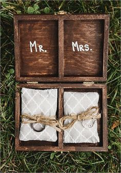 country wood ring box details / http://www.deerpearlflowers.com/country-rustic-wedding-ideas-and-themes/2/