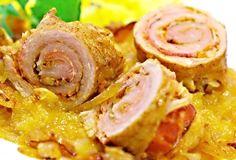 Závitky z okořeněné krkovičky doplněné o plátky oravské slaniny nebo uzeného boku, zprudka opečené na tuku, pak podušené v hrnci spolu s kyselým zelím, podlité masovým vývarem.