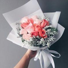 Amazing Flowers, Fresh Flowers, Beautiful Flowers, Send Flowers, Rosas Color Salmon, Bloom, Flower Aesthetic, Floral Bouquets, My Flower