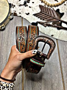 Leather Tool Belt, Tooled Leather, Leather Key, Custom Leather, Leather Tooling Patterns, Leather Pattern, Leather Tutorial, Spur Straps, Leather Carving