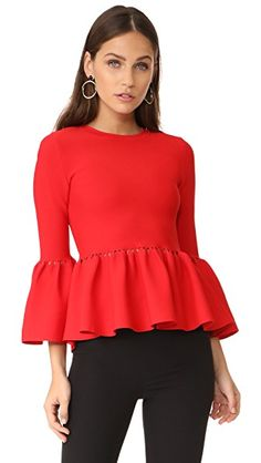 ¡Consigue este tipo de top básico de Jonathan Simkhai ahora! Haz clic para ver los detalles. Envíos gratis a toda España. Jonathan Simkhai Slashed Knit Top: This bold Jonathan Simkhai top is accented with laser-cut detailing. A pleated peplum and flared cuffs add swingy detail to the silhouette. Long sleeves. Fabric: Fine knit. 65% viscose/35% nylon. Dry clean. Imported, China. Measurements Length: 22in / 56cm, from shoulder Measurements from size S (top básico, basic, basico, basica, b�...
