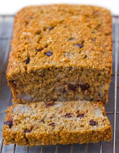 No flour banana bread recipe - from @choccoveredkt… impossibly made with no flour, no refined sugar... can be modified to fit different diets. Full recipe: http://chocolatecoveredkatie.com/2015/09/28/flourless-banana-bread-recipe/