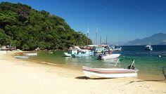 Praia de Japariz Ilha Grande Angra dos Reis A Praia de Japariz é parada essencial para os participantes do passeio de escuna e barcos de 1 hora a 1 hora