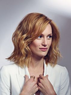 Kerry Bishé Woman Movie, Face Claims, Eccentric, The Dreamers, Your Hair, Lovers, Actresses, Female, Lady