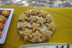 Rice Krispy Treat Starfish Dusted in Graham Crackers perfect for Cruising For Murder Little Mermaid Parties, The Little Mermaid, Rice Krispie Treats, Rice Krispies, Cruise Ship Party, Graham Crackers, Starfish, Gingerbread Cookies, Mystery