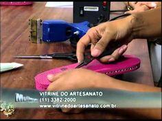 Mulher.com 08/01/2013 Andrea Bassan - Chinelos customizados 1/2