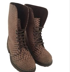 Combat Boots, Shoes, Fashion, Leather, Moda, Zapatos, Shoes Outlet, Fashion Styles, Shoe