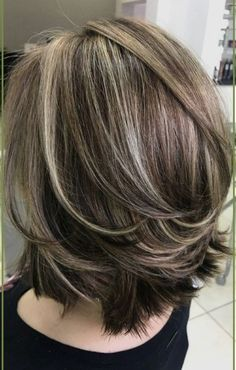 Medium Lenth Hair, Medium Hair Cuts, Short Hair Cuts, Short Hair Styles, Medium To Short Hairstyles, Hairstyles For Medium Length Hair With Layers, Medium Haircuts For Women, Medium Hairstyle, Gray Hair Highlights