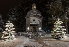 Stille Nacht Salzburg 2016 Salzburg, Christmas Tree, Holiday Decor, Outdoor, Home Decor, Silent Night, Outdoors, Homemade Home Decor, Xmas Tree
