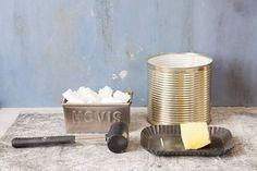 初心者でもOK! 簡単リメ缶の寄せ植えで春を楽しもう : 窪田千紘フォトスタイリングWebマガジン「Klastyling」暮らす+スタイリング Candle Holders, Baby Shower, Candles, Life, Craft Ideas, Tutorials, Laundry Room, Recycled Jars, Recycled Tin Cans
