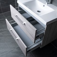 Lind luxury 80 grå baderomsmøbel m/enkel servant mod. Luxury, Home Decor, Decoration Home, Room Decor, Interior Decorating