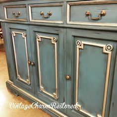 Aubusson Blue and Graphite Chalk Paint® Mix with Modern Masters Nickel Metallic Paint | Project by Vintage Charm Restored