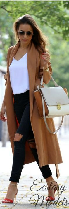 Brown Trench // Fashion Look by Style And Blog
