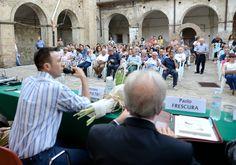 """Foto di Mario Marino: 08 agosto 2015, Grottole (Matera), presentazione del libro dello scrittore lucano Paolo Frescura """"Altri tempi"""" Edizioni Magister."""