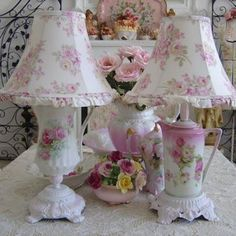 Hack These Teacup And Mason Jar Chandelier Ideas Shabby Chic.MAGNIFICENT (I have the little ring box with roses on it. Given to me years ago from a friend. Estilo Shabby Chic, Shabby Chic Pink, Shabby Chic Cottage, Vintage Shabby Chic, Shabby Chic Homes, Shabby Chic Style, Shabby Chic Decor, Cottage Style, Shabby Chic Lamp Shades