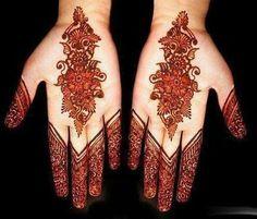 Ur palm and henna