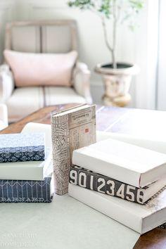 Home Decor Recibidor Easy DIY Decorative Book Covers - Sanctuary Home Decor Easy Diy Crafts, Home Crafts, Cheap Home Decor, Diy Home Decor, Tv Decor, Boho Decor, Home Decor Bedroom, Living Room Decor, Living Area