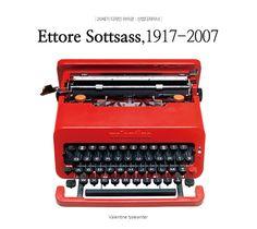 에토레소트사스가 디자인한 valentine typewriter로, 칙칙한 것이 아닌 보기만 해도 열정이 느껴지는 붉은색을 사용한 것이 특징입니다.