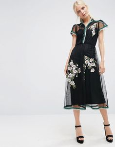SHOP: Embroidery for black tie occasions.