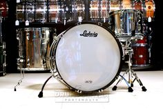 Ludwig Stainless Steel 3pc ProBeat Drum Set Polished The Stainless ProBeat kit is a true testament to our timeless roots. 1.5mm hand-rolled steel shells produce enormous tone and volume without brash overtones. Purchase Here: http://www.drumcenternh.com/ludwig-stainless-steel-3pc-probeat-drum-set-polished.html