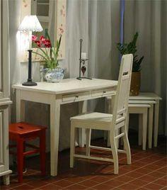 2-laatikkoinen kirjoituspöytä, useita eri kokoja JUVI-Production Finland
