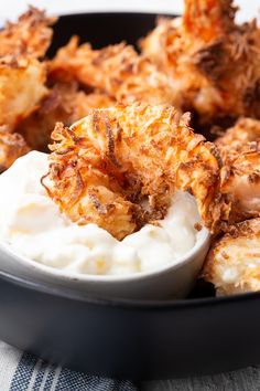 Air fryer coconut shrimp- the crispy coconut shrimp that is like you deep fried it, but without the extra oil and calories. Air fryer coconut shrimp- the crispy coconut shrimp that is like you deep fried it, but without the extra oil and calories. Fried Coconut Shrimp, Coconut Shrimp Recipes, Fish Recipes, Seafood Recipes, Dinner Recipes, Cooking Recipes, Healthy Recipes, Keto Recipes, Coconut Shrimp Dipping Sauce
