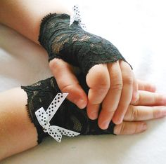 Toddler Lace Gloves, Black Lace, Polka Dot Bow, Pageants, Flower Girls, Diva, Fashionista, Goth Weddings. $9.50, via Etsy.  (For toddler steampunk costume!)