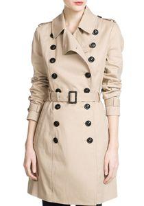 Chiar daca le porti la birou, la facultate, in week-end sau in calatorii, jachetele de primavara sunt utile si pot face tranzitia catre garderoba subtire, specifica sezonului cald, intr-un mod foar...