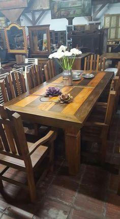 Mesa de jantar em peróba rosa e ipê