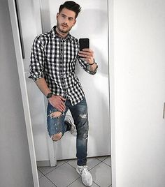 Angelo Carlucci is going for a casual sporty look. Cool Outfits, Casual Outfits, Fashion Outfits, Men Looks, Dope Fashion, Mens Fashion, Streetwear, Look Man, Herren Outfit