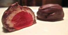 Boules au chocolat et à la cerise... Le cherry blossom maison, un plaisir GOURMAND! Cherry Desserts, Coconut Cream, Biscuits, Deserts, Food And Drink, Cooking Recipes, Pudding, Yummy Food, Candy